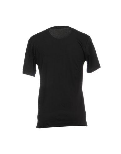 Фото 2 - Женскую футболку BERNA черного цвета