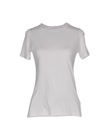 Фото - Женскую футболку  сиреневого цвета