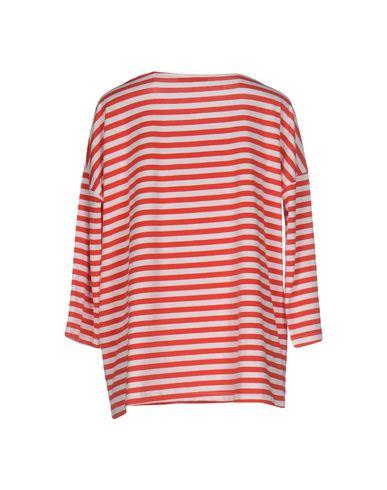 Фото 2 - Женскую футболку SNOBBY SHEEP красного цвета