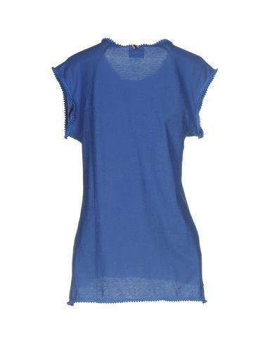 Фото 2 - Женскую футболку  пастельно-синего цвета
