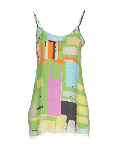 Фото 2 - Женское короткое платье PINK MEMORIES кислотно-зеленого цвета