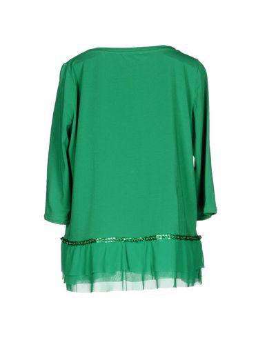 Фото 2 - Женскую футболку  зеленого цвета