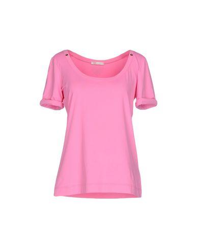 Фото - Женскую футболку VDP BEACH розового цвета