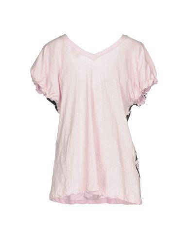 Фото 2 - Женскую футболку  розового цвета