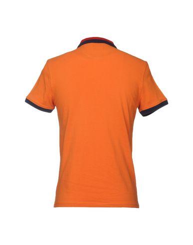 Фото 2 - Мужское поло AT.P.CO оранжевого цвета