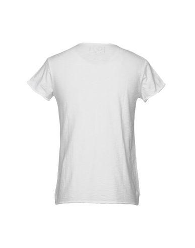 Фото 2 - Женскую футболку 1921 белого цвета