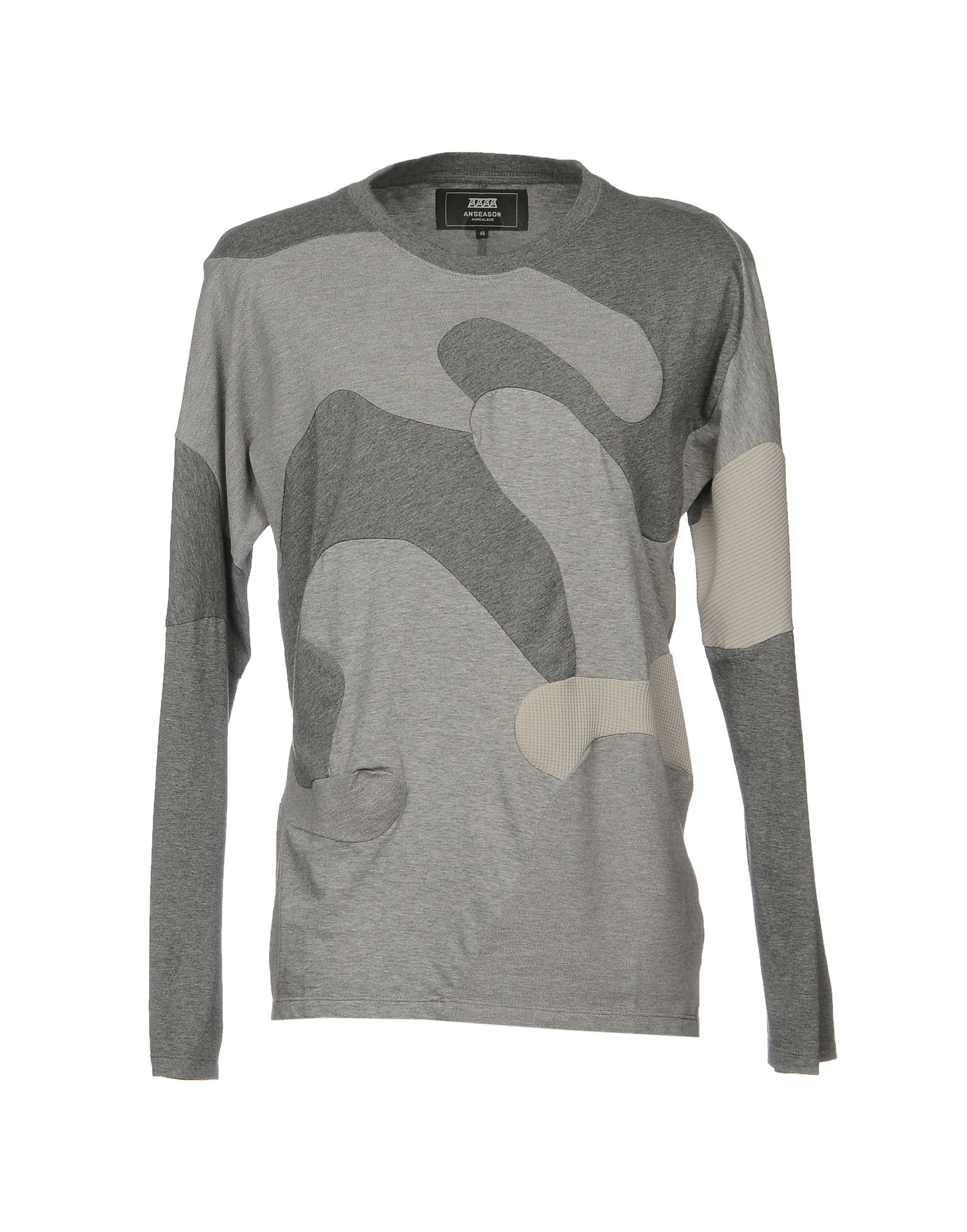 ANREALAGE T-Shirts in Grey