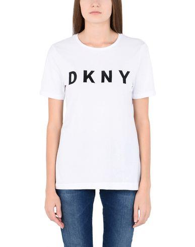 Фото 2 - Женскую футболку DKNY белого цвета