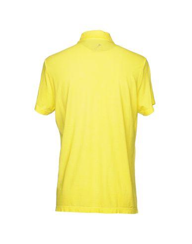 Фото 2 - Мужское поло CAPOBIANCO желтого цвета