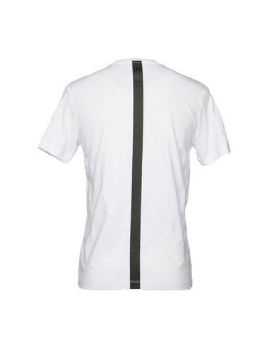 Фото 2 - Женскую футболку URBAN LES HOMMES белого цвета