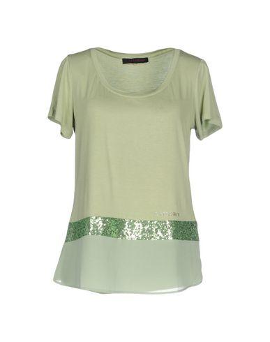 Фото - Женскую футболку  светло-зеленого цвета