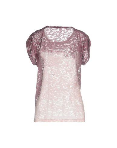 Фото 2 - Женскую футболку  розовато-лилового цвета
