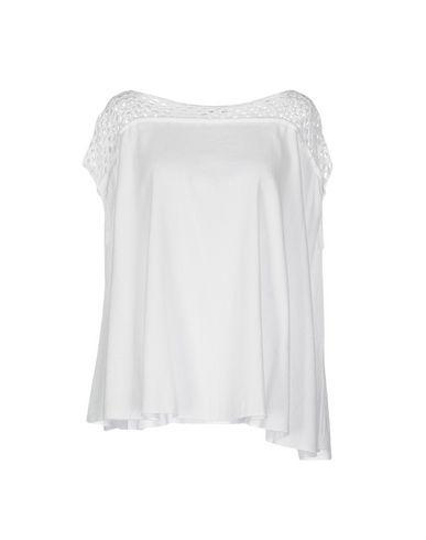 Блузка от DEVOTION