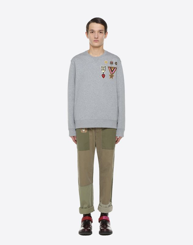 Sweatshirt with military embroidery
