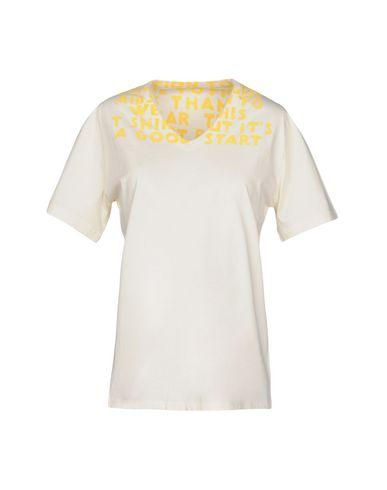 Купить Женскую футболку  светло-желтого цвета
