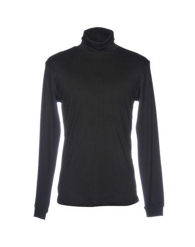 Купить Женскую футболку RVLT/REVOLUTION черного цвета