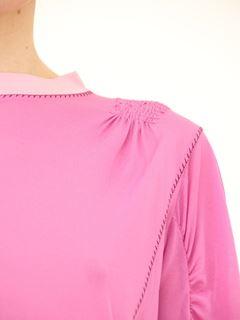 Puff-shoulder top
