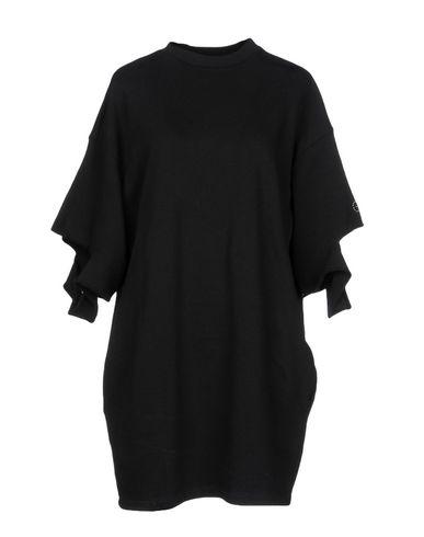 Фото - Женское короткое платье GAëLLE Paris черного цвета