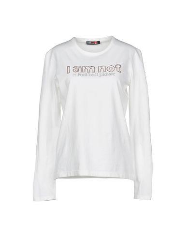 Фото - Женскую футболку I AM NOT A FOOTBALL PLAYER белого цвета