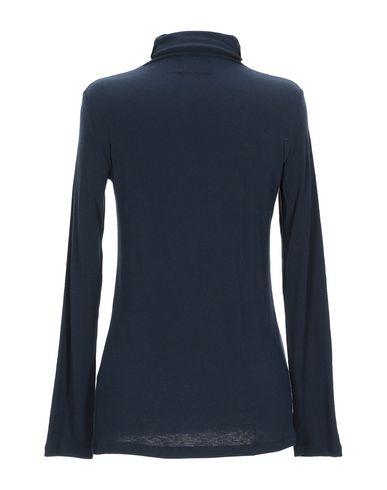 Фото 2 - Женскую футболку NIŪ темно-синего цвета
