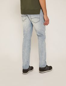 ARMANI EXCHANGE JEANS SLIM FIT INDACO CHIARO CON EFFETTO DISTRESSED Jeans slim [*** pickupInStoreShippingNotGuaranteed_info ***] e