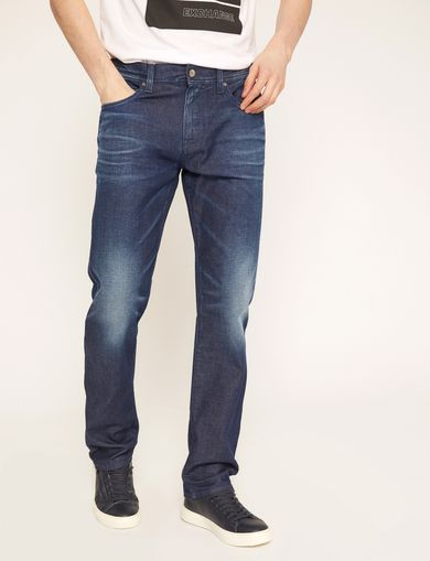 STRAIGHT-FIT MID INDIGO WHISKERED JEAN