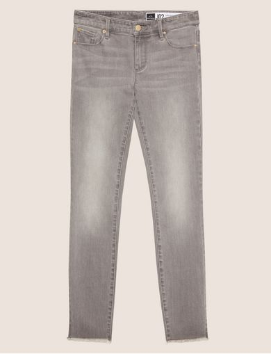 SUPER-SKINNY LOW-RISE RAW HEM JEAN