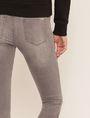 ARMANI EXCHANGE SUPER-SKINNY LOW-RISE RAW HEM JEAN Skinny jeans [*** pickupInStoreShipping_info ***] b