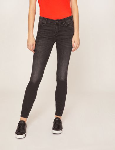 J69 SUPER-SKINNY LIFT-UP BLACK JEAN