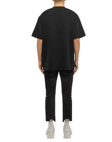 Фото 2 - Женскую футболку VETEMENTS черного цвета