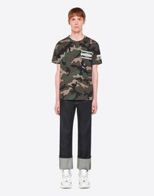 CAMOUFLAGE T-SHIRT WITH GEOMETRIC EMBROIDERY