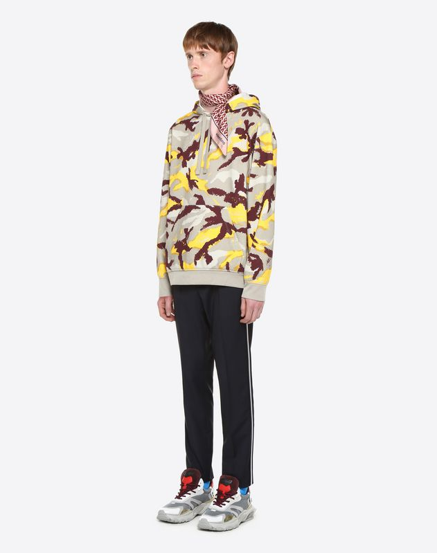 CAMOUART HOODED SWEATSHIRT