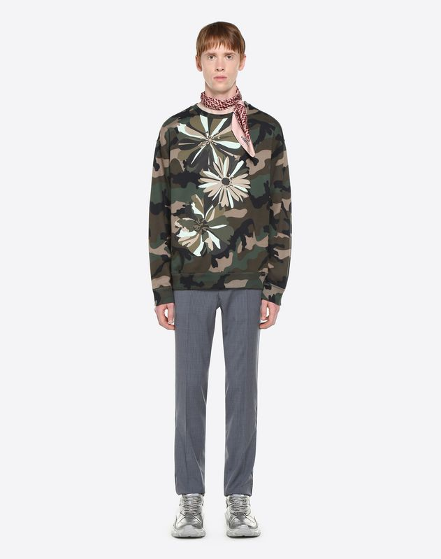 CREW-NECK SWEATSHIRT WITH HEAT-SEALED FLOWERS
