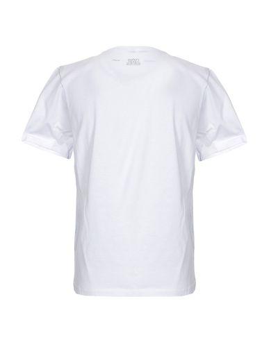 Фото 2 - Женскую футболку BARBATI белого цвета