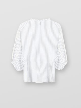 Puff-sleeve top