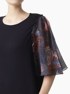 Cape-sleeve T-shirt