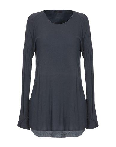 Фото - Женскую футболку 0044 черного цвета