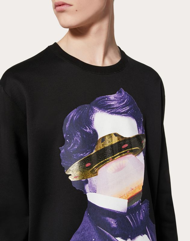 SWEATSHIRT WITH V FACE UFO PRINT