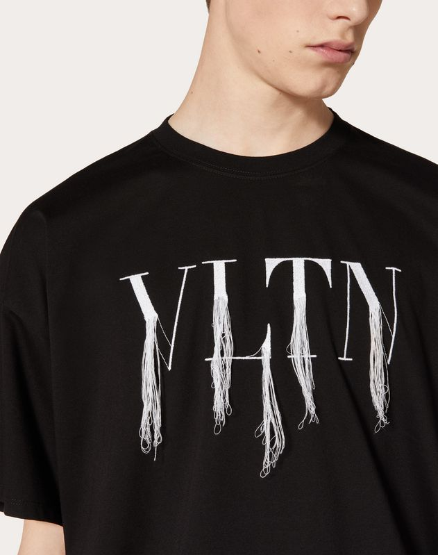 T-shirt VLTN à franges confectionné en collaboration avec Doublet