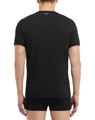 Фото 2 - Мужскую футболку  черного цвета