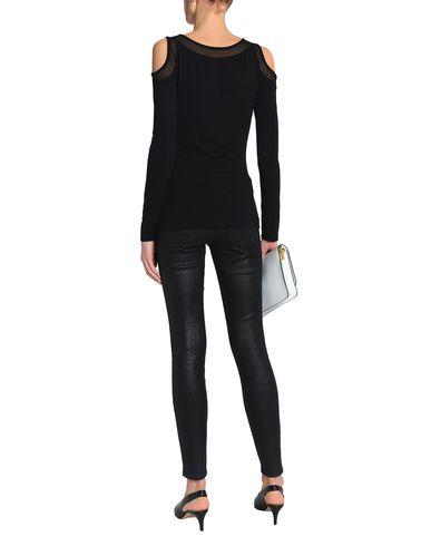 Фото 2 - Женскую футболку BAILEY 44 черного цвета