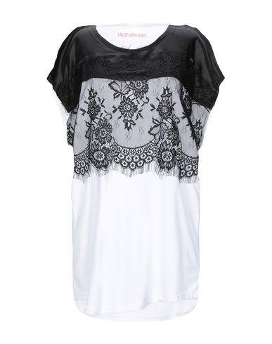 Купить Женскую футболку MADE WITH LOVE черного цвета
