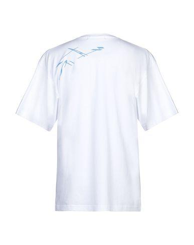 Фото 2 - Женскую футболку GEO белого цвета