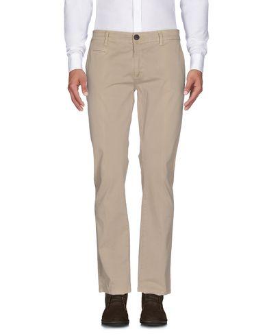 Фото - Повседневные брюки от EMPORIO CLOTHING бежевого цвета
