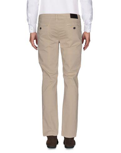 Фото 2 - Повседневные брюки от EMPORIO CLOTHING бежевого цвета