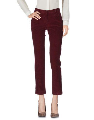 Повседневные брюки TRUE ROYAL. Цвет: баклажанный