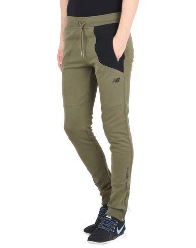 Повседневные брюки NEW BALANCE 13011069OM