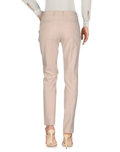 Фото 2 - Повседневные брюки от INCOTEX цвет песочный
