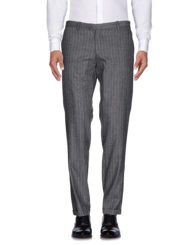 Повседневные брюки EXIBIT. Цвет: светло-серый