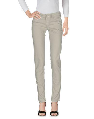 Джинсовые брюки FRED PERRY 13017548DE